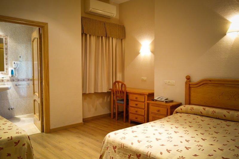 habitacion-hostal-toledo5